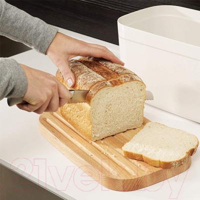 Хлебница Joseph Joseph Bread Bin 81097 с разделочной доской (белый)