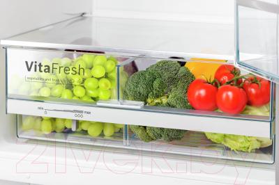 Холодильник с морозильником Bosch KGV39XW2AR