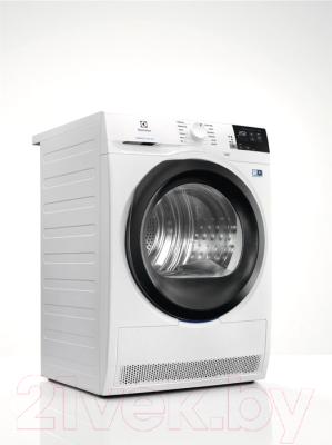 Сушильная машина Electrolux EW8HR458B