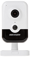 IP-камера Hikvision DS-2CD2423G0-IW (2.8mm) -