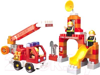 Конструктор Bauer Пожарная машина машина и тренировочная площадка / 740