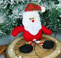 Подвеска новогодняя Зимнее волшебство Дед Мороз ножки бусинки / 2357086 -