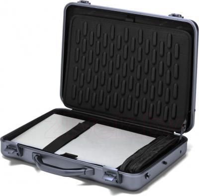 Кейс для ноутбука Dicota D30589 - в раскрытом виде