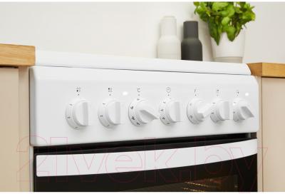 Плита электрическая Indesit IS5V4PHW/RU